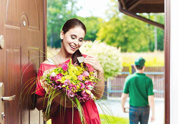 What You Need to Know About Buying Flowers Online?